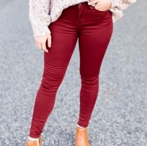 (Read) Judy Blue wine olive color skinny jeans